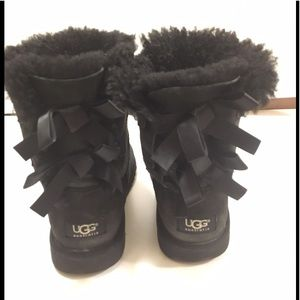 UGG Black Bailey Bow Short Boots
